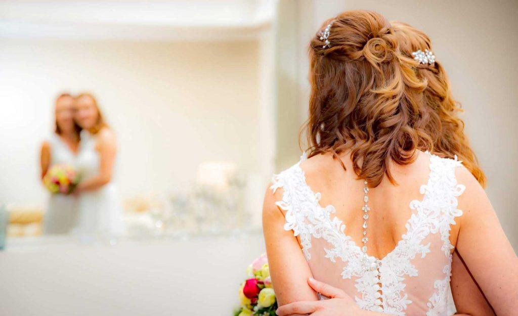 Brautstyling mit Haarschmuck